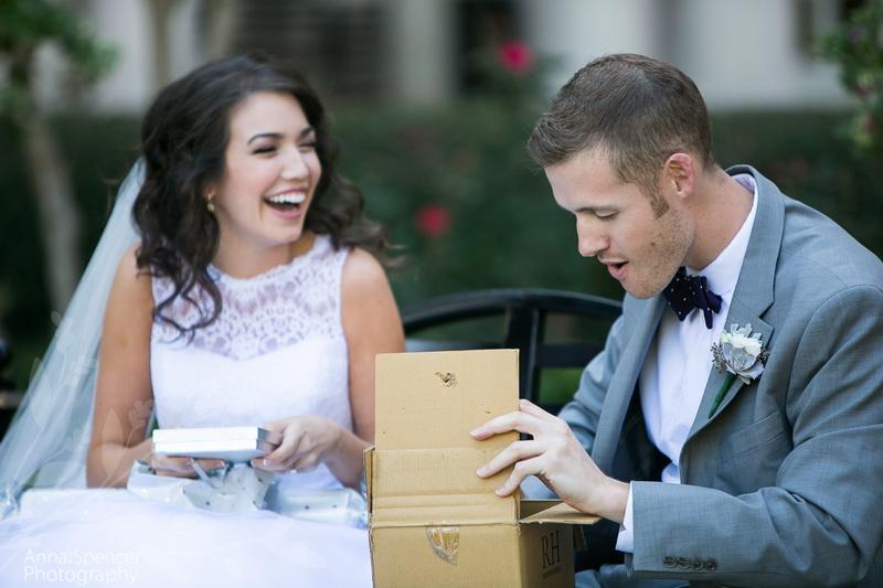 Прикольные подарки на свадьбу молодоженам: идеи и фото 60