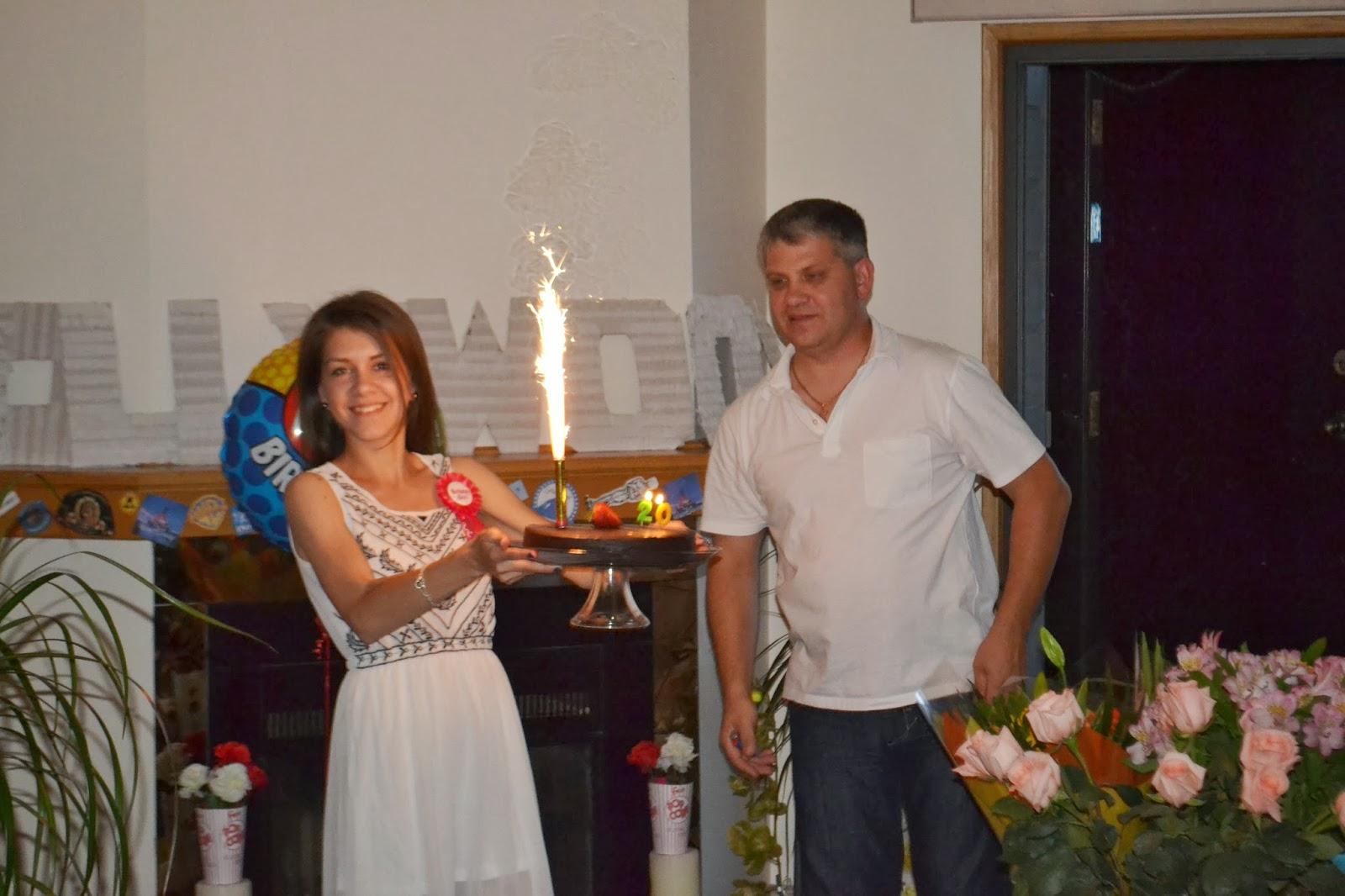 Сценка поздравление с юбилеем от новых русских бабок женщине фото 13